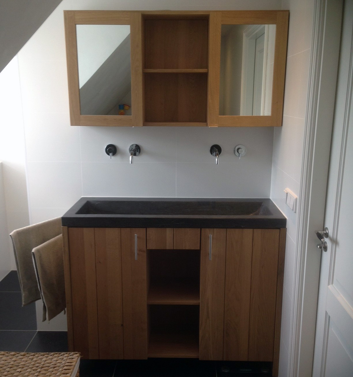 Beste wastafel badkamer inspirerende idee n ontwerp met foto 39 s en voorbeelden - Foto badkamer meubels ...